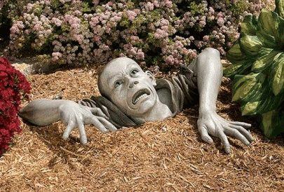 Необычные садовые скульптуры которые способны отпугнуть незваных гостей (фото)