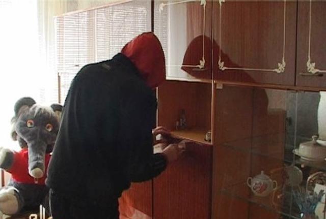 Голопристанські оперативники затримали підозрюваного у пограбуванні пенсіонерки