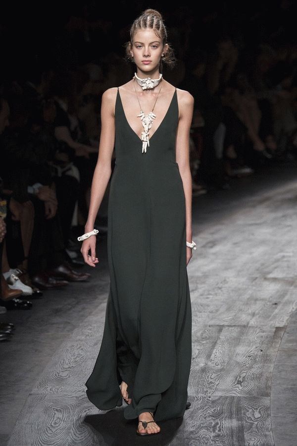 valentino-spring-2016-ready-to-wear-49