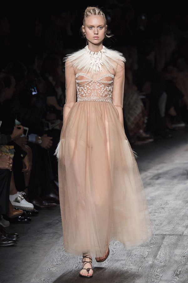 valentino-spring-2016-ready-to-wear-50