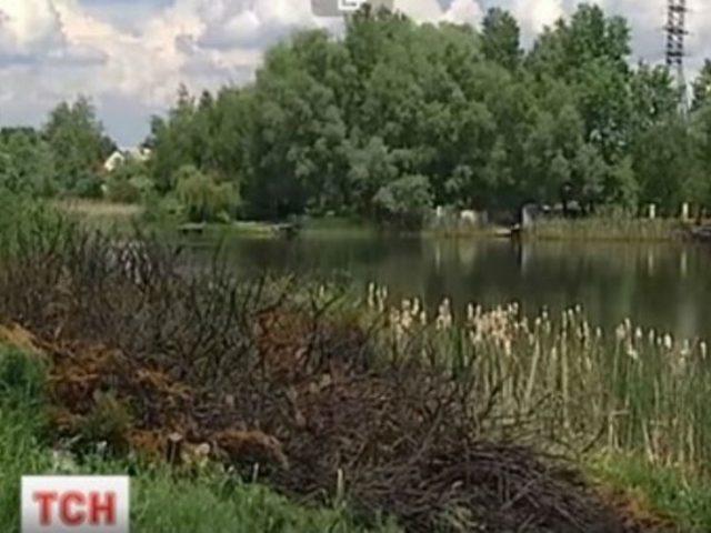 Дом рядом срезиденцией Порошенко обстреляли свертолета