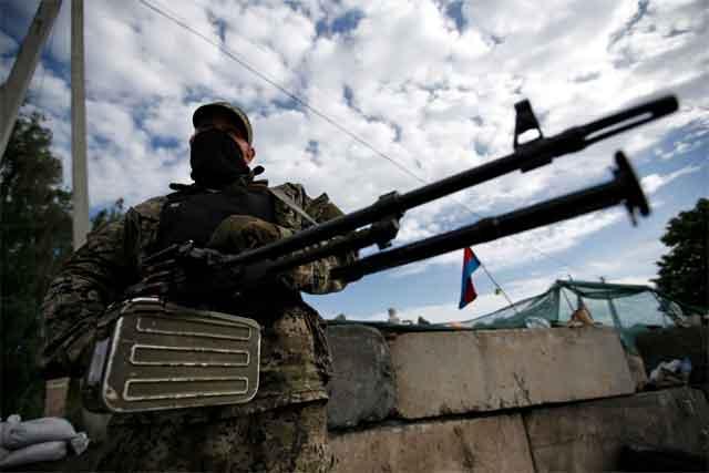 Лысенко: Засутки взоне АТО умер один украинский военный, двое ранены