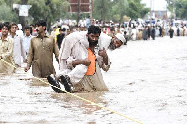 Жертвами наводнения вПакистане стали 30 человек