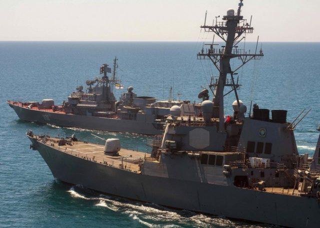Практически  попал: корабль ВМС США открыл огонь поиранскому катеру