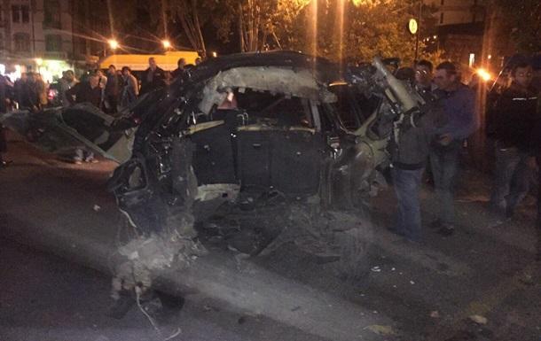 ВТбилиси взорвали автомобиль оппозиционера Гиви Таргамадзе