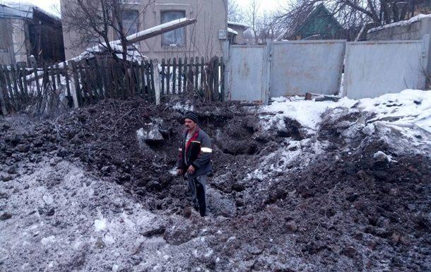 Кто стреляет по Авдеевке (видео избиения укрожурналистов)