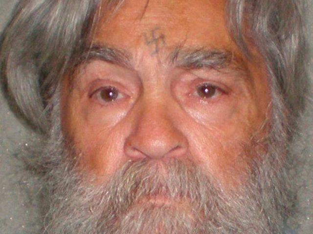 Американский серийный убийца Чарльз Мэнсон госпитализирован изтюрьмы