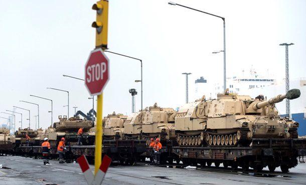 ВПольшу переброшены сотни солдат США станками иСАУ— «Решимость» НАТО