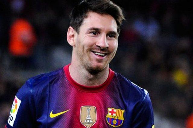Месси— рекордсмен Барселоны поколичеству голов, забитых соштрафных ударов