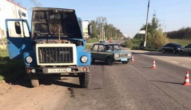 Мэр украинского города Дергачи умер под колесами грузового автомобиля