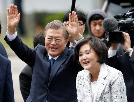 Мун Чжэ Инвступит вдолжность президента Южной Кореи сегодня
