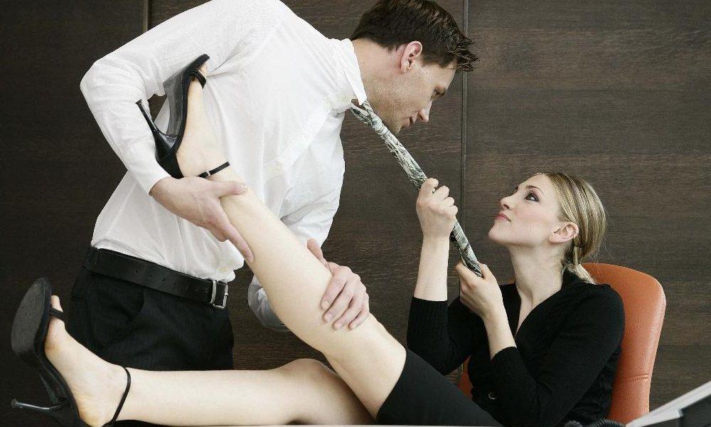 Что означают женские сексуальные фантазии, фото голой милой дамы