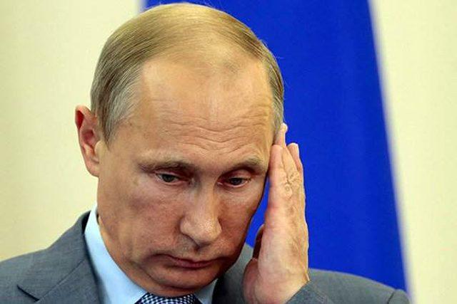 ОПРОС: Две трети граждан России поддерживают очередной срок В.Путина
