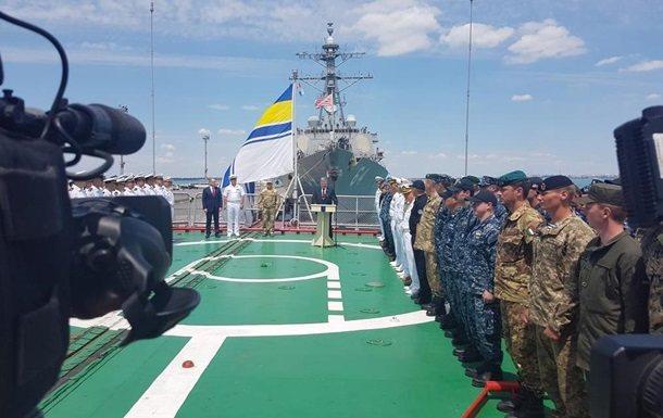 Порошенко: Украина вНАТО— правильный ибезальтернативный курс