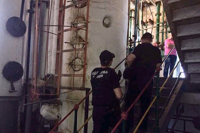 Всеукраинская спецоперация: на41 спиртзаводе проводят обыски