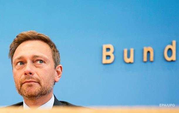 Германский политик выступил завосстановление отношений сРФ ипризнание Крыма