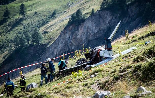 Крушение маленького самолета вШвейцарии забрало жизни 3-х человек