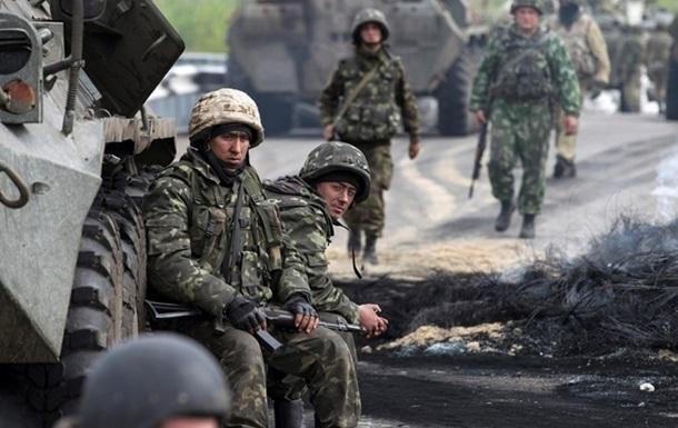 Луценко объявил о600 случаях пыток людей боевиками наДонбассе