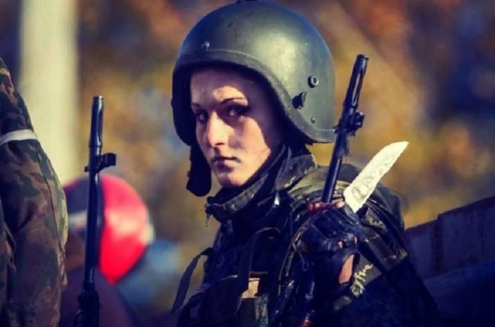 Украинские СМИ: вДонецке убита девушка Гиви