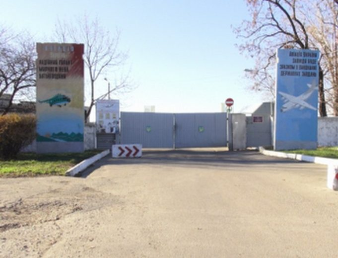 Одесская милиция пояснила инцидент с«захватом» воинской части людьми вбалаклавах