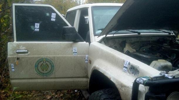 Всети интернет появилось фото обстрелянного автомобиля Окуевой