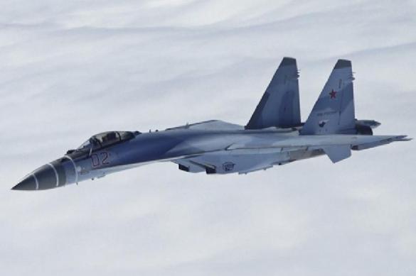 Пентагон: русский Су-30 перехватил самолет США над темным морем