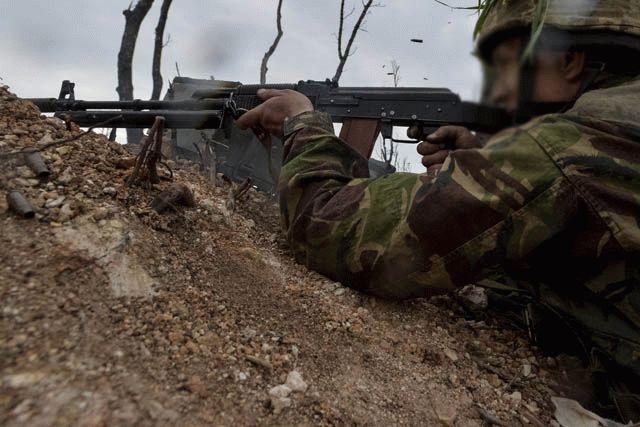 Боевики в зоне АТО в среду дважды нарушили перемирие