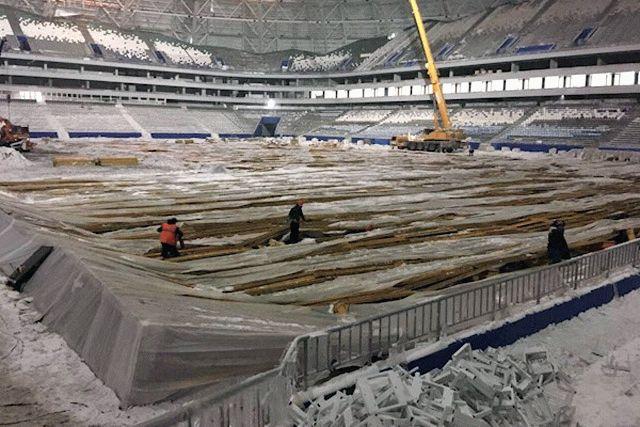 Настадионе «Самара Арена» восстанавливают обрушившийся парник