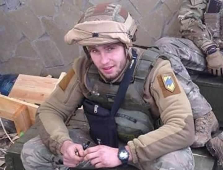 В клинике отранения скончался боец «Азова»— вражда вДонбассе