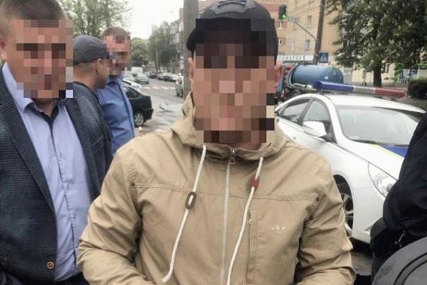 Копы поймали водителя, который ездил без прав , фото-1