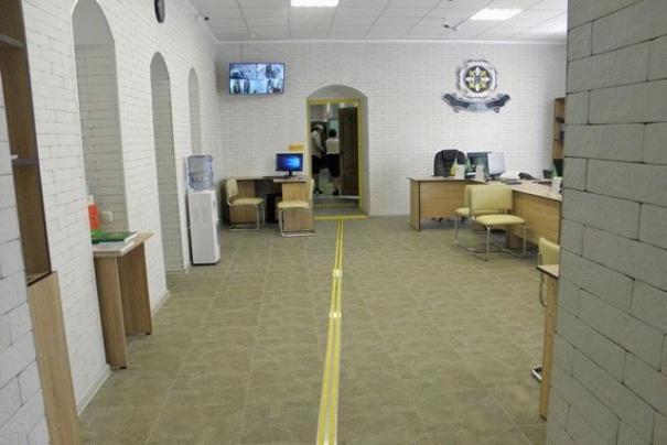 На Винничине центр Пенсионного фонда оборудовали для людей с инвалидностью
