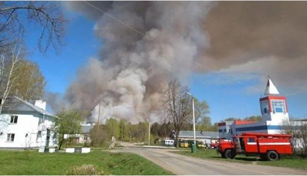 Из прежнего военного города близ поселка Пугачево эвакуированы немногим неменее тысячи человек