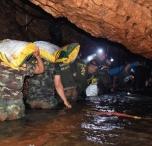 Подростки Застряли В Пещерах Таиланда-12