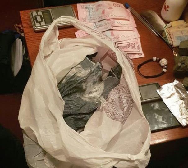 В Виннице СБУ и полиция параллельно задержали две группировки наркоторговцев (фото), фото-5