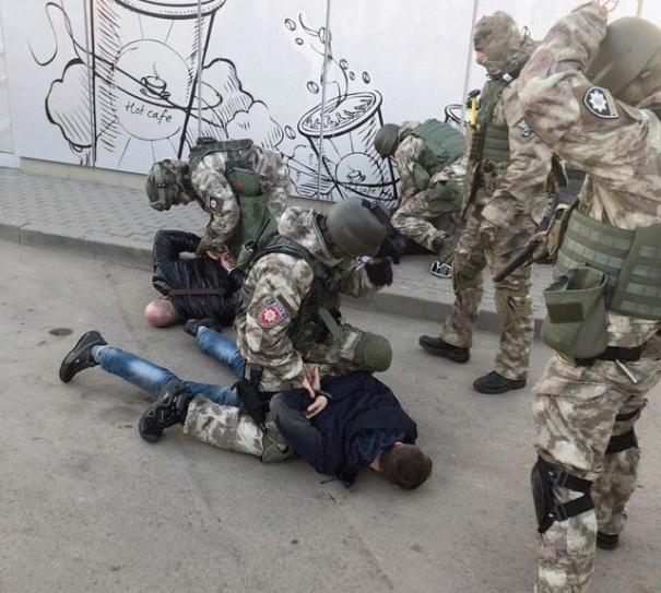 На Винничине бойцы КОРДа задержали банду рекетиров (фото), фото-2