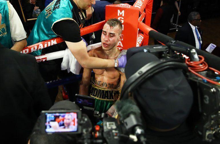 Российскому боксеру, госпитализированному после боя в США, удалили часть черепа